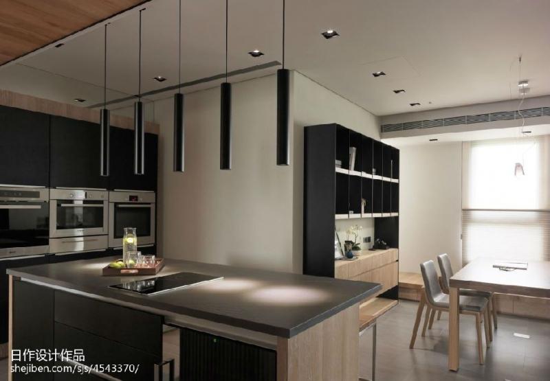 如何做厨卫吊顶升级两个地方添加灯就足够了