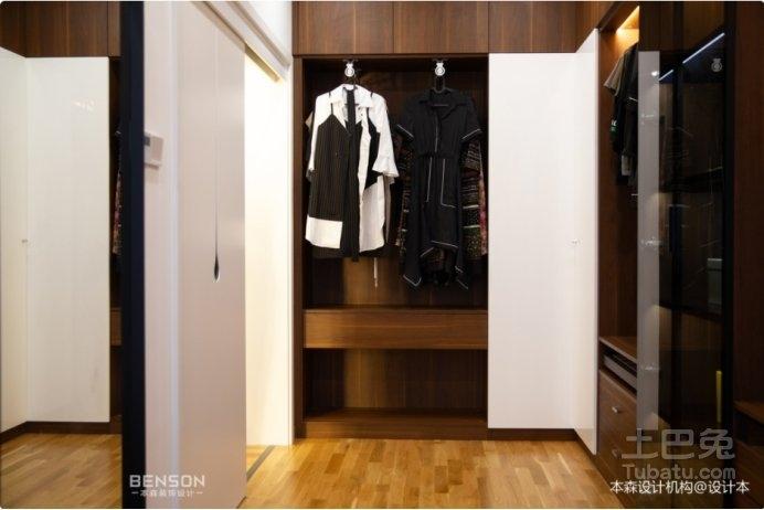 高端衣柜订做应该注意些什么地方呢