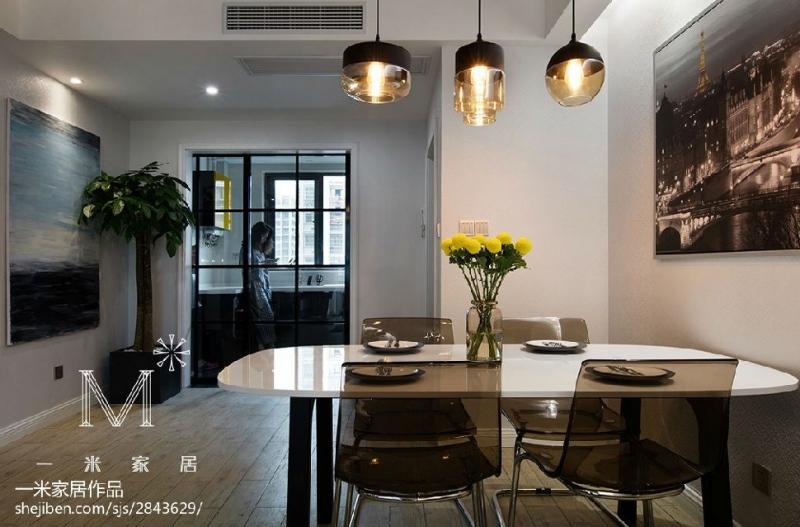 小餐桌材质的选择材质的特点与优势